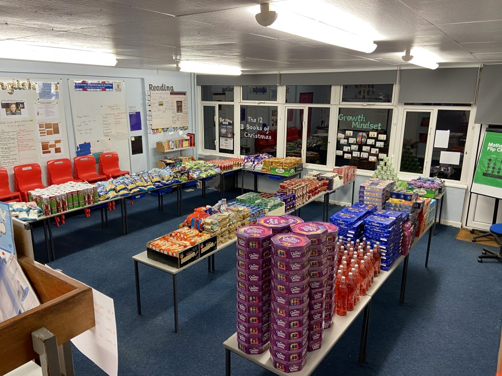 Christmas Hampers made for those hit hardest by Covid-19 4